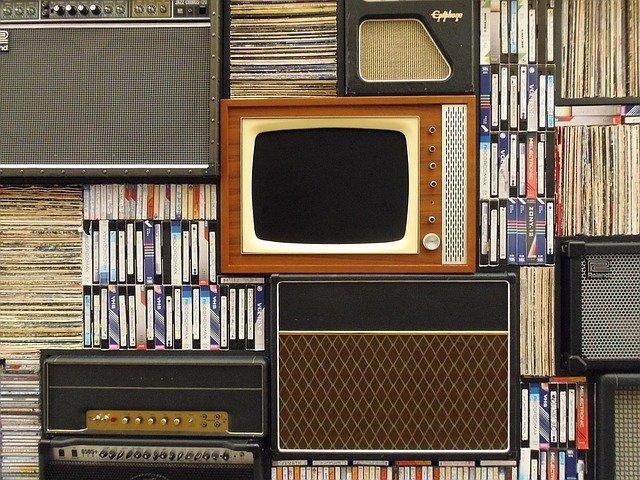 Gdzie oglądać filmy i seriale w sieci?