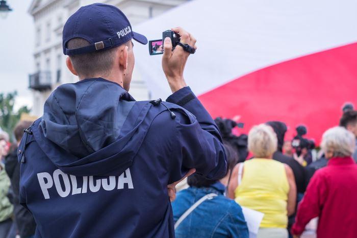 Policja Bielsko-Biała: #WspólnieBezpieczni – Dzieci i młodzież: zagrożenia w Internecie